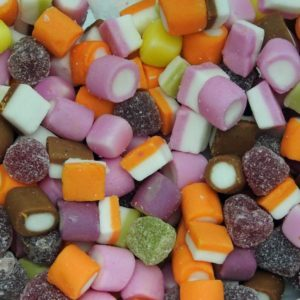 Barratt Dolly Mix Multicoloured Candy and Jelly Sweets